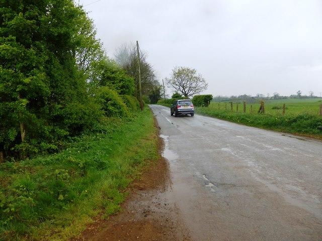 Sugarswell Lane near Lodge Farm