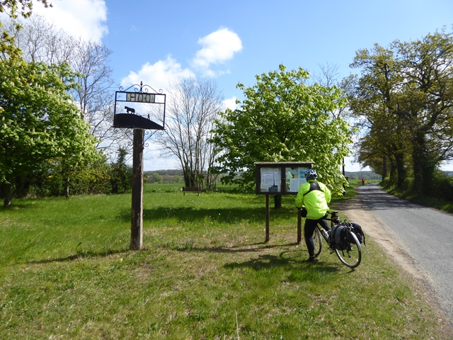 Hoo village green and sign