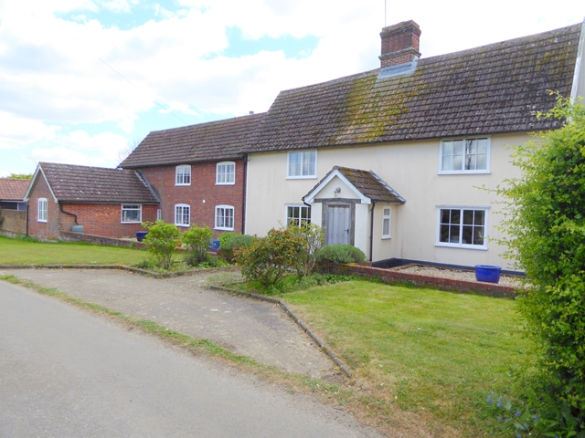 Houses at Dallinghoo