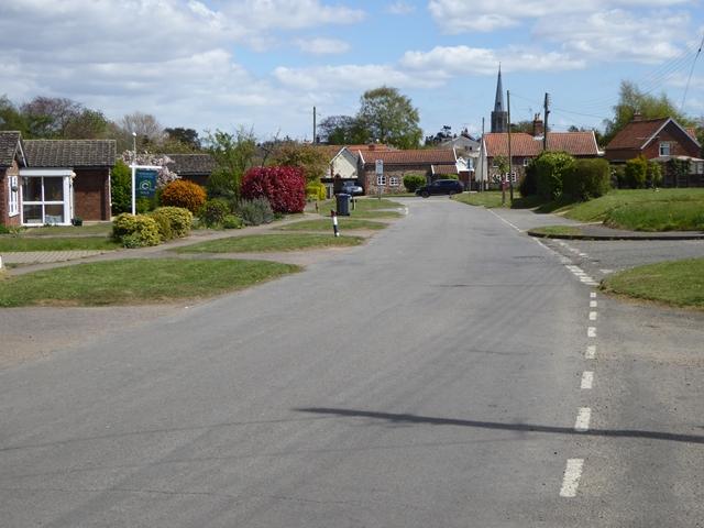Western approach to Wickham Market