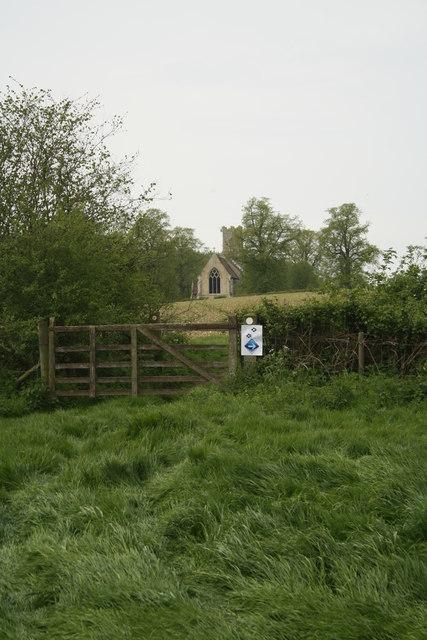 Footpath towards Hedenham
