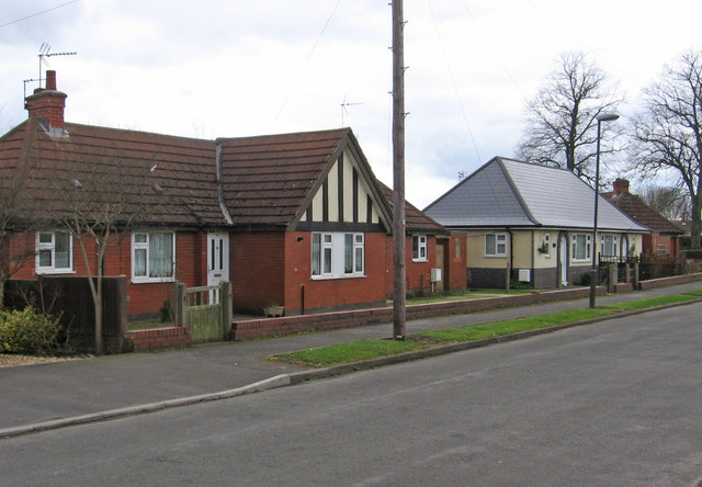 Glapwell - bungalows on Park Avenue