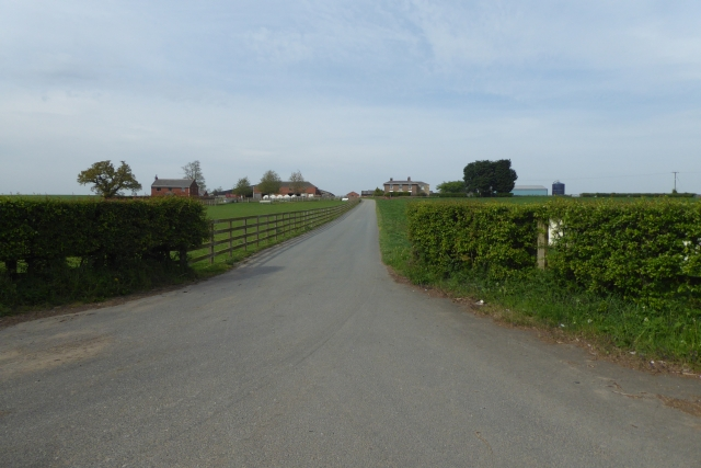 Track to Walton Lodge Farm