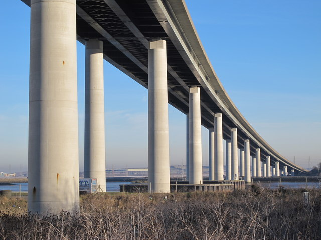 The Sheppey Crossing over The Swale (2)