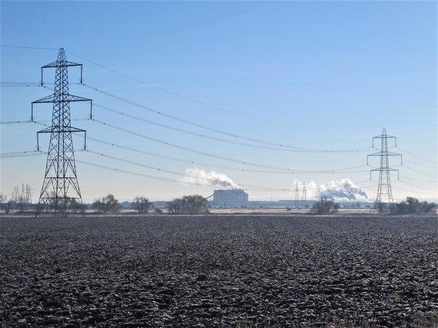 Powerlines on farmland north of Iwade