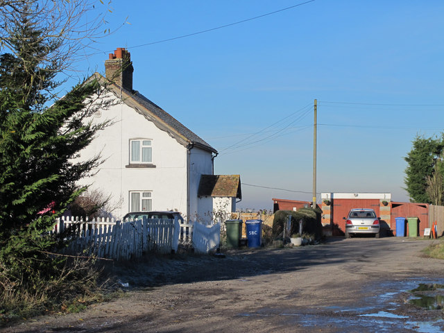 Willow Cottages (off Raspberry Hill Lane)