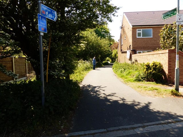 Start of footpath Hightown