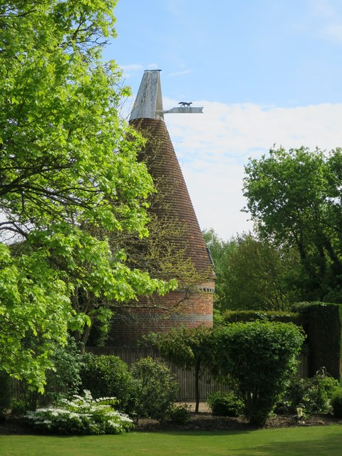 Whitebeams Oast, Bodle Street Green, Warbleton