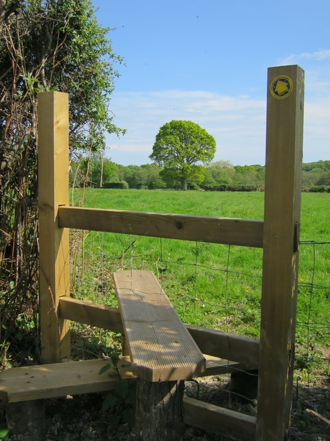 Stile near Broomwood Farm