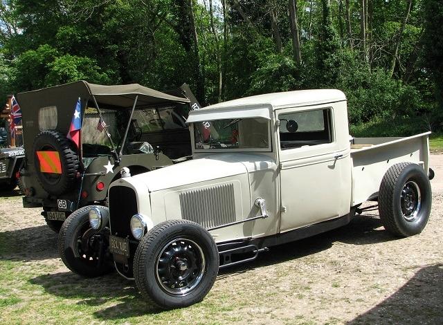 1930s Chevrolet half-ton pickup