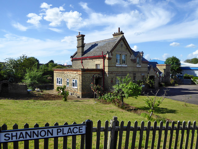 Former station building, Potton