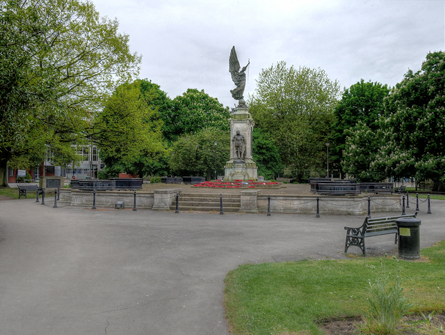 Burton on Trent War Memorial and Garden