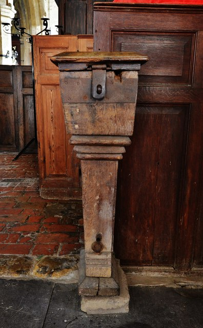 Gaddesby, St. Luke's Church: c17th poor box