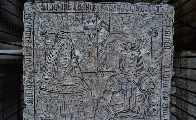Gaddesby, St. Luke's Church: Detail from the chest tomb of William Darby and his wife (1498) 2