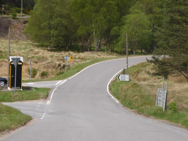 B974 heading south past Aboyne road junction