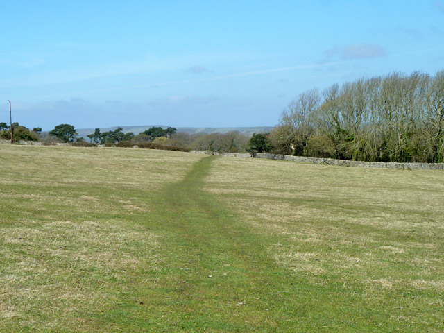 Footpath towards Haycrafts Lane