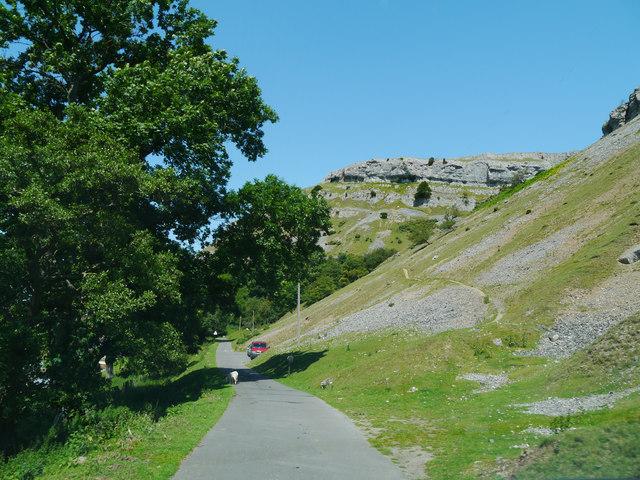 Panorama Walk approaching Dinbren-Uchaf