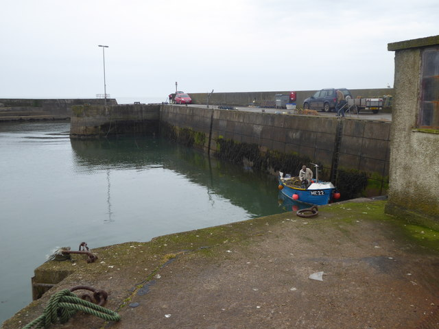 Creel boat (ME22) in Outer Harbour at Gourdon