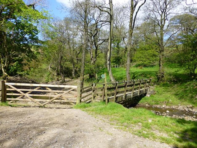 Footbridge near Lickhurst Farm