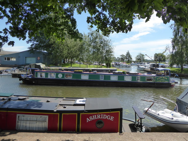 Narrowboat on the Great Ouse at Ely
