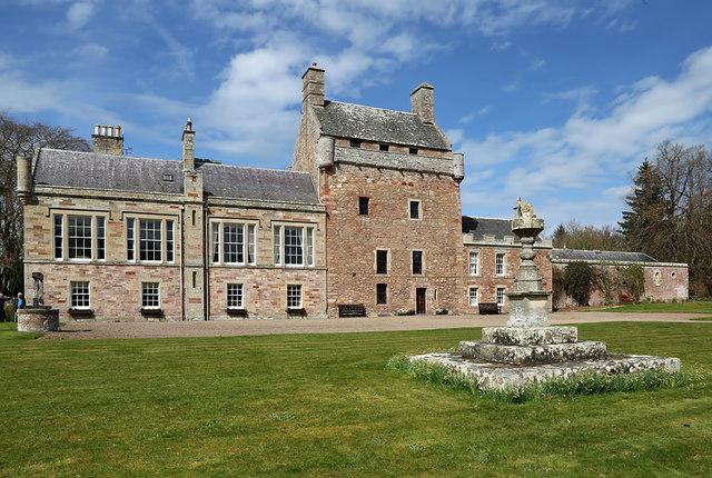 Bemersyde House