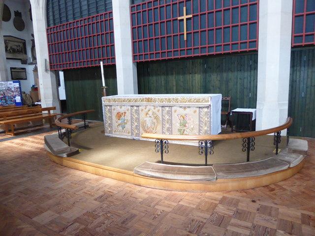 Inside St Mary the Virgin, Mortlake (14)