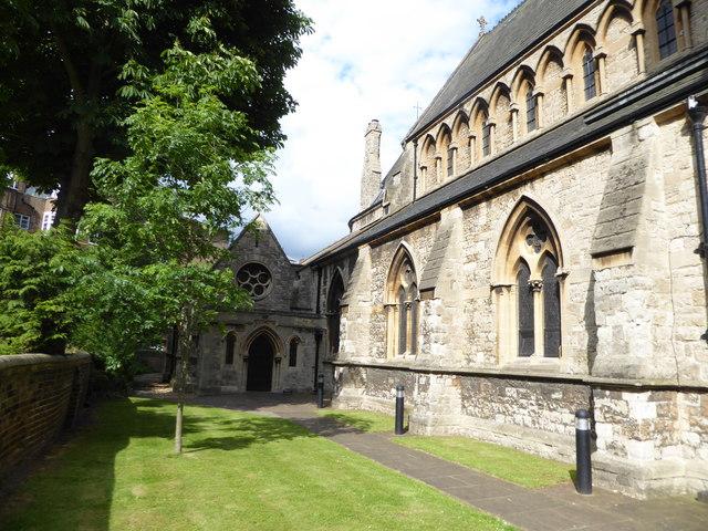 St Matthias, Richmond: garden