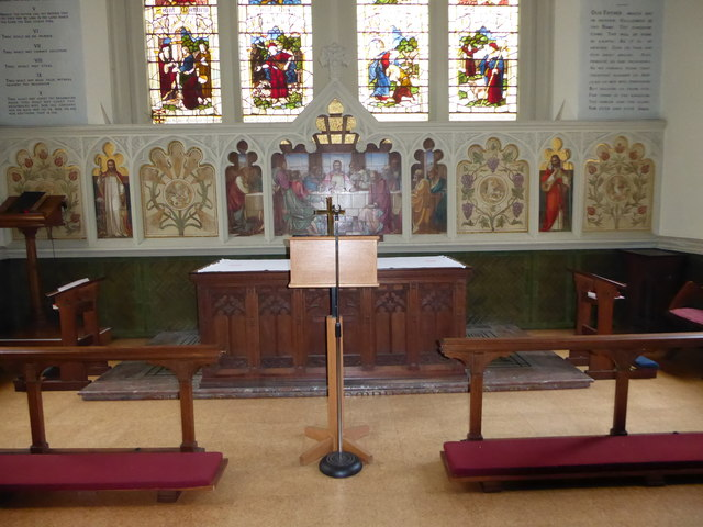 Inside Holy Trinity, Richmond (i)