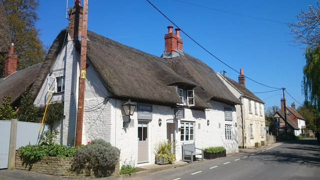 The Half Moon, Cuxham