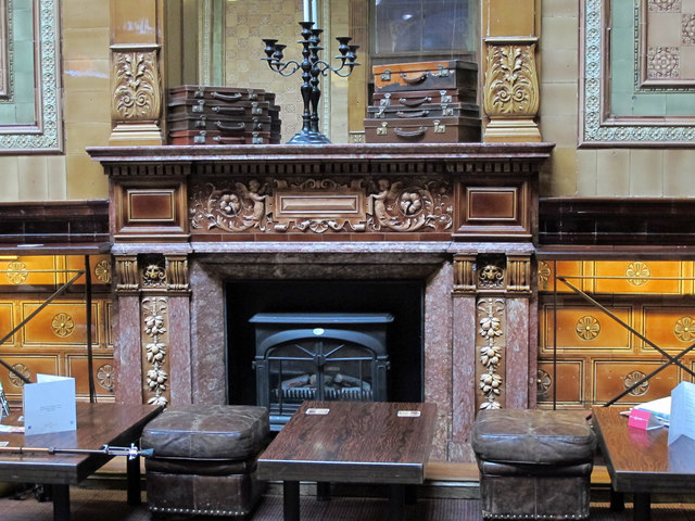 The Centurion Bar, Newcastle Central Station - fireplace