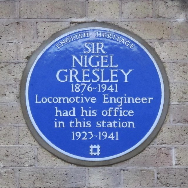 Blue plaque re Sir Nigel Gresley on King's Cross station platform 8