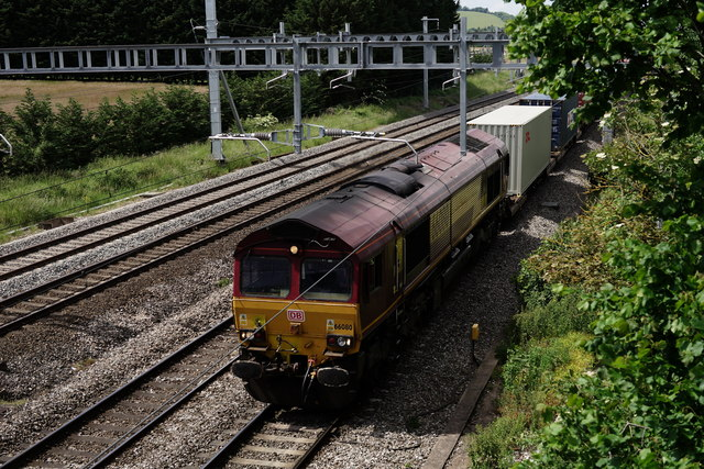 Class 66 at Lower Basildon