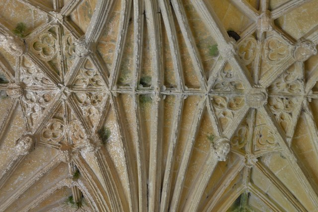 Northleach, St. Peter and St. Pauls' Church: Lierne vaulting in the south porch