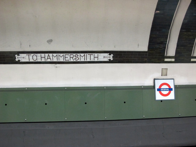 → TO HAMMERSMITH →
