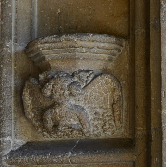 Northleach, St. Peter and St. Pauls' Church: Corbel bracket in the south porch