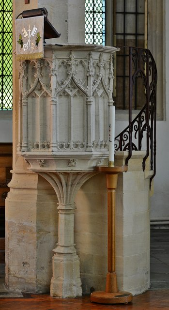 Northleach, St. Peter and St. Pauls' Church: Fine c15th stone goblet shape pulpit