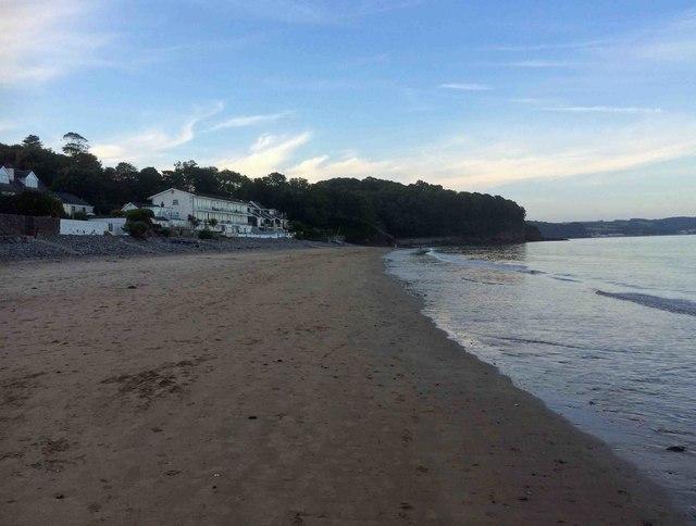 Saundersfoot beach at dusk