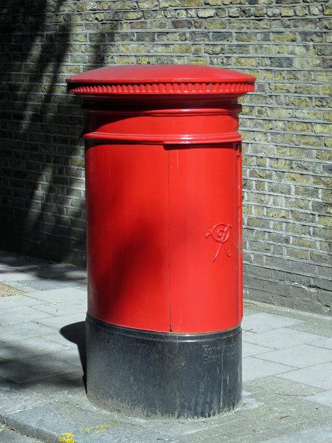 Victorian postbox, Rosebery Avenue, EC1