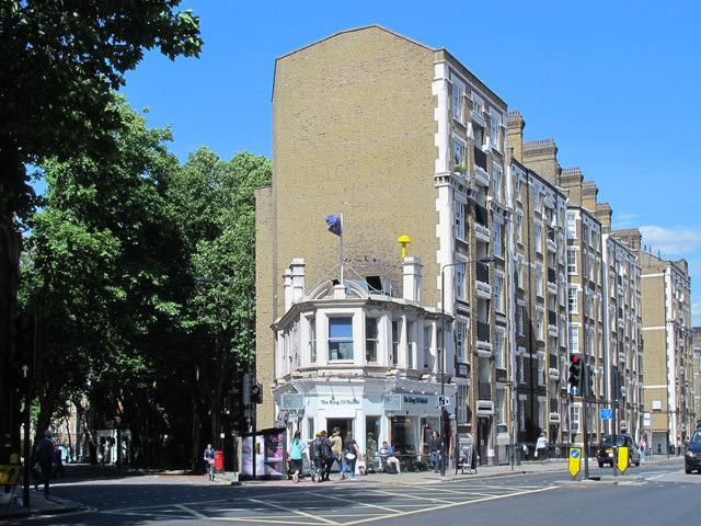 Rosebery Avenue / Clerkenwell Road, EC1 (2)