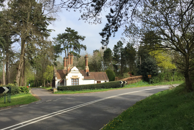 Lodge to Chadwick Manor, north of Chadwick End