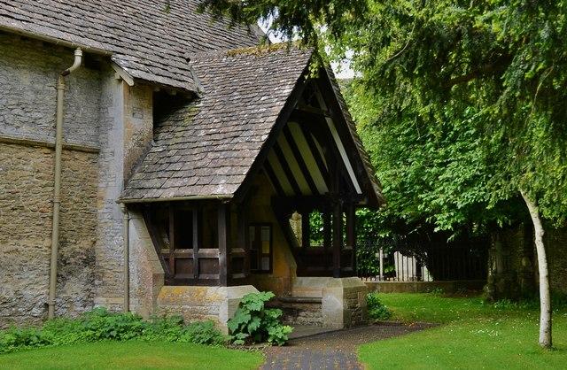 Quenington, St. Swithuns Church: The north entrance porch