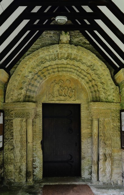 Quenington, St. Swithuns Church: The Norman north doorway