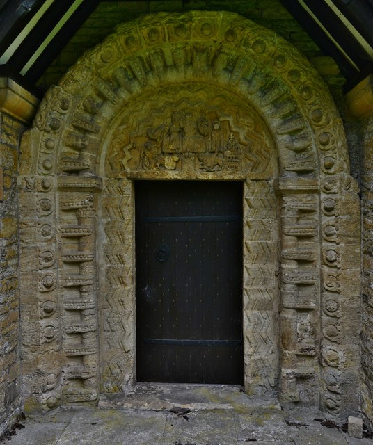 Quenington, St. Swithuns Church: The Norman south doorway