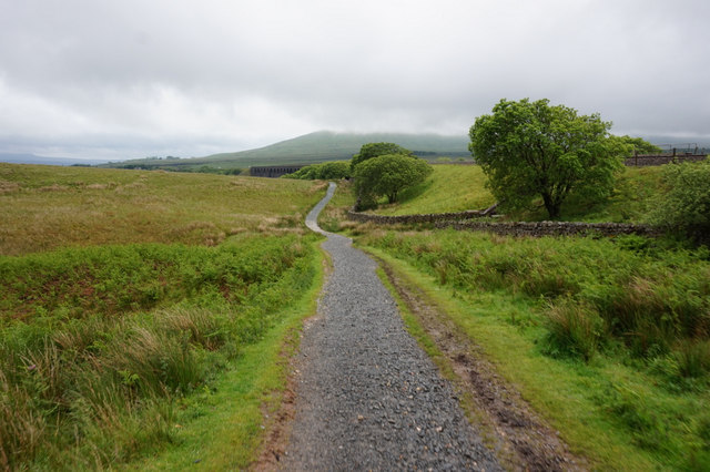10-53am path towards Ribblehead Viaduct