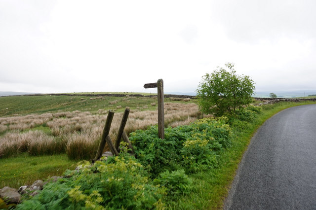11-11am  Fingerpost on the B6479