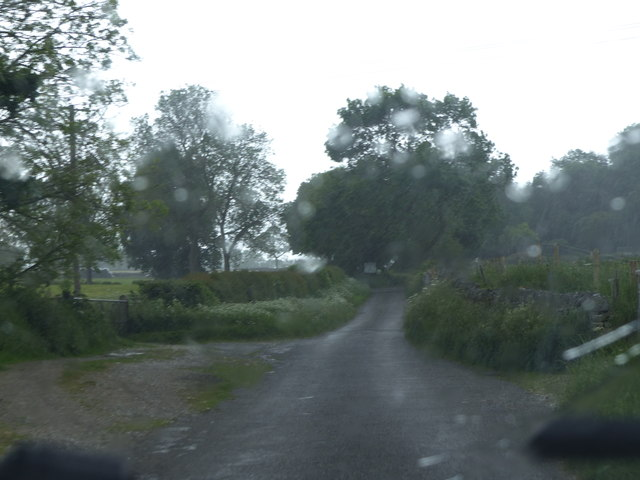 Mawstone Lane heavy shower