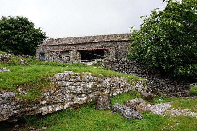 11-34am barn near Ingman Lodge