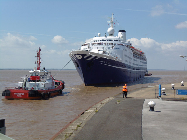 The Marco Polo enters King George Dock, Hull