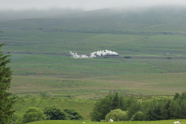 The Flying Scotsman heads to Ribblehead