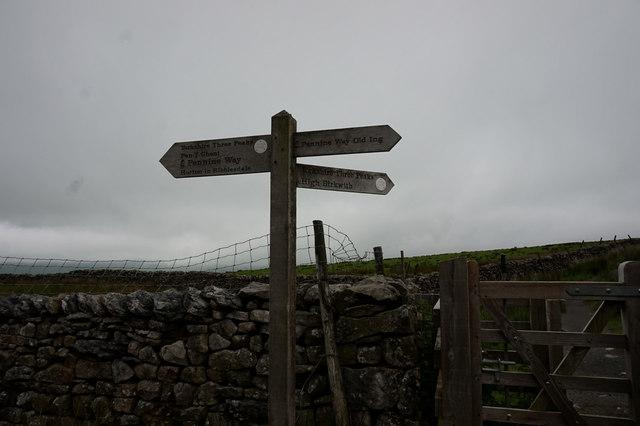 12-38pm fingerpost near Long Mires